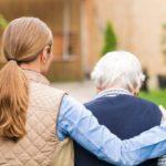 Busco trabajo de cuidado de mayores y niños