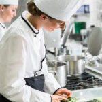 busco trabajo ayudante de cocina o dependienta de panaderia