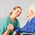 Persona para cuidar a una sra mayor