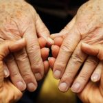 Busco trabajo para cuidar a adultos mayores