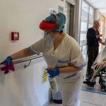 Empresa de limpieza contrata 10 personas para centro sociosanitario