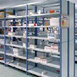Reponedores en almacén de recambios de vehículos multimarca