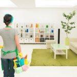 Persona para limpieza de una vivienda
